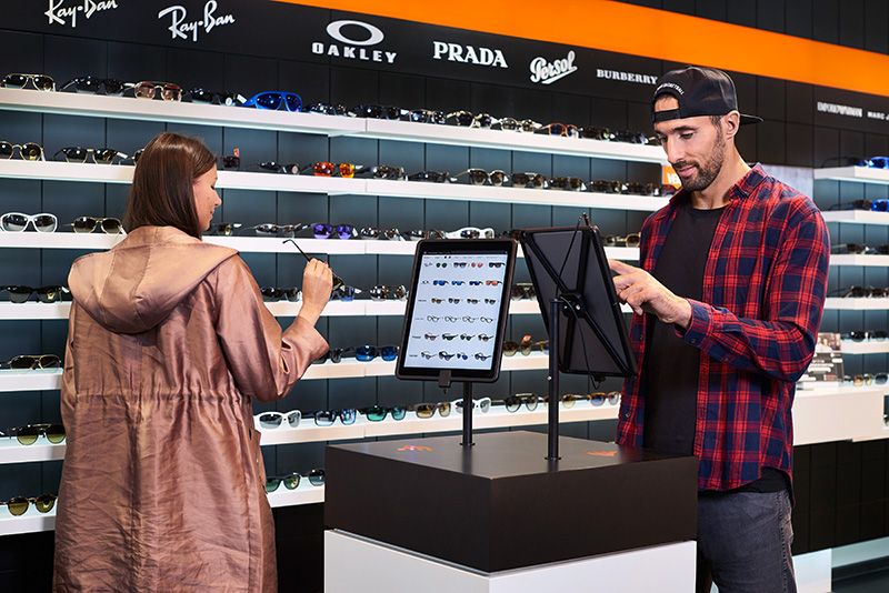 Edel-Optics Digital Retail Store | AVIXA